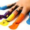Могут ли младенцы рисовать красками?