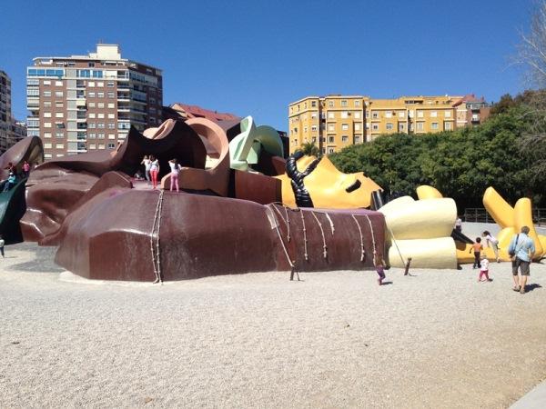 Детские площадки со всего мира. Часть 2. Гулливер в Валенсии
