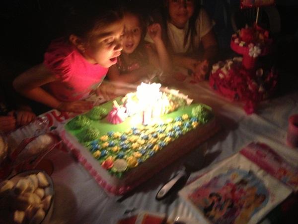 Как мы ходили на детский день рождения в Эквадоре