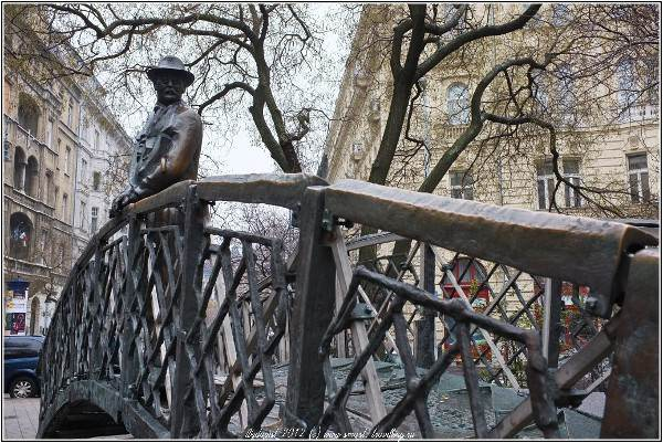 Будапешт - город забавных скульптур и необычных памятников