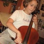Зачем учить детей музыке?