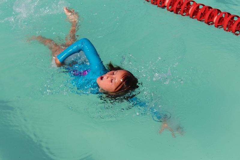 Санька - чемпион! Соревнования по плаванию 6 декабря 2013